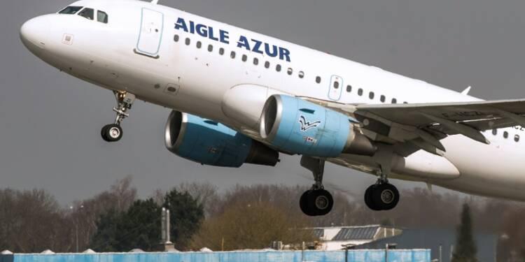 Menace de grève à Aigle Azur: les discussions se poursuivent avec les pilotes