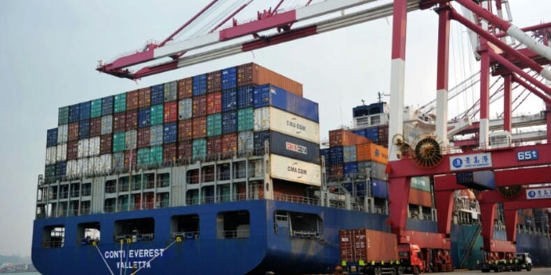 Chine: nouvelle dégringolade des exportations en septembre