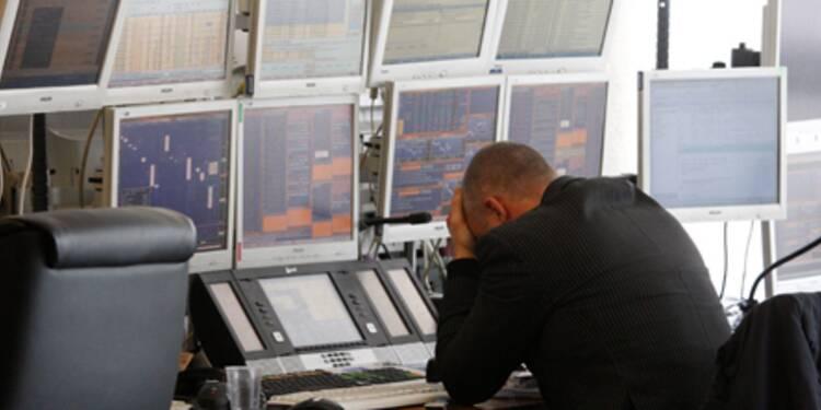 La Bourse de Paris dérape à nouveau, les valeurs bancaires chutent