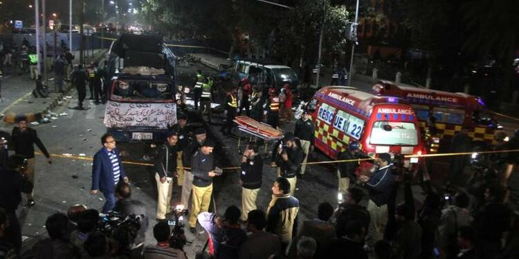 Au moins 13 morts dans un attentat à Lahore