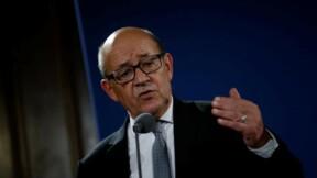"""Le Drian en discussion avec Macron mais """"maître de son calendrier""""-entourage"""