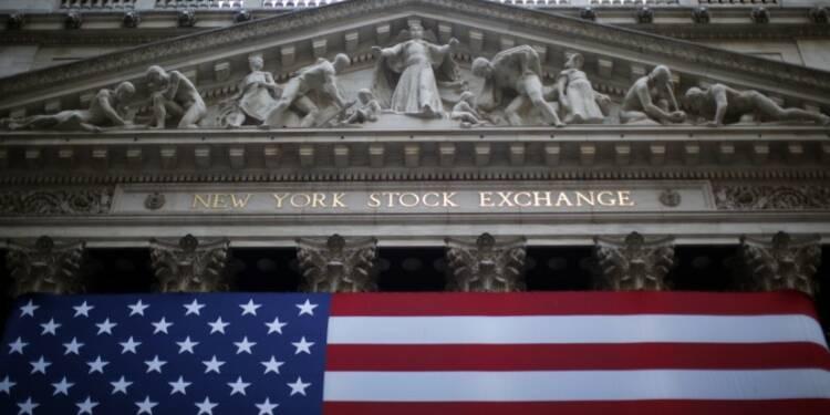 Wall Street retient son souffle avant le verdict des urnes