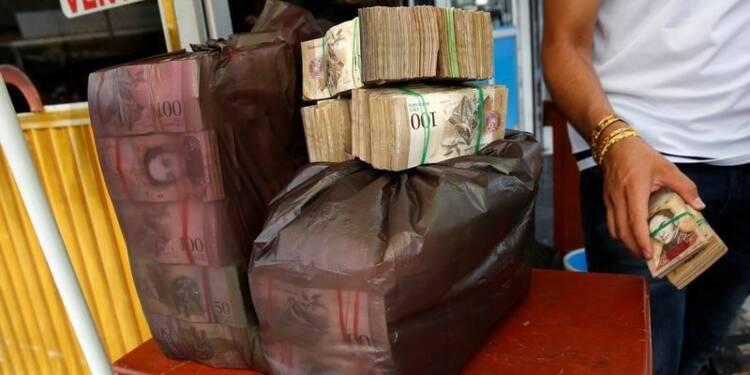 Le bolivar vénézuélien a perdu 60% en un mois au marché noir