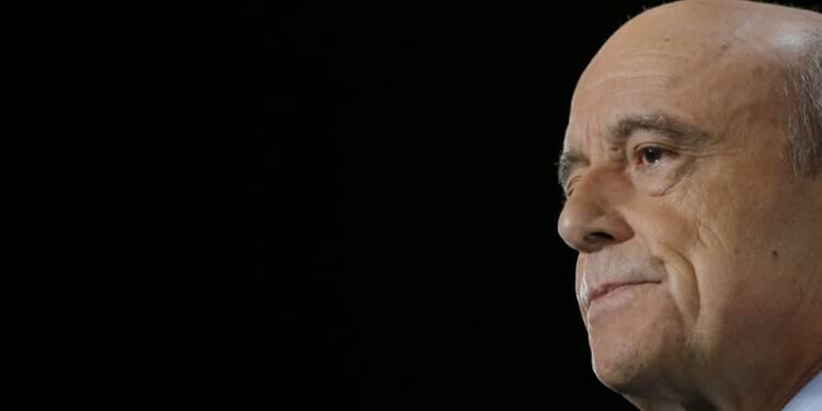 Juppé conserve l'avantage sur Sarkozy, selon un sondage Harris