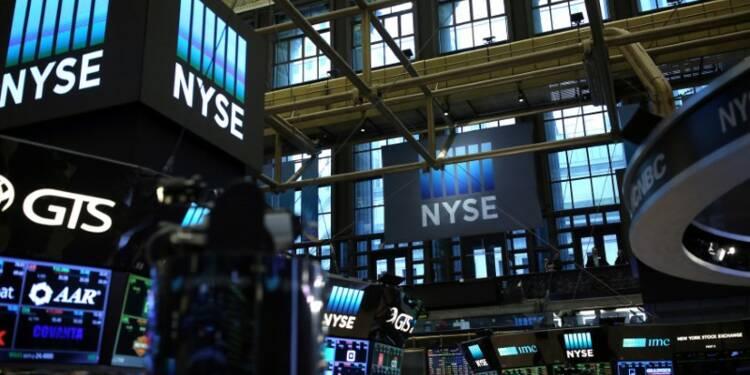 Wall Street évoluera au rythme des résultats, en attendant Trump