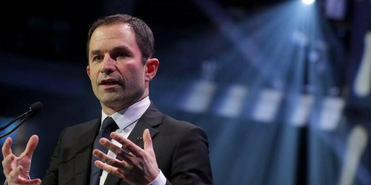 Le vote Macron inefficace face au FN, estime Hamon
