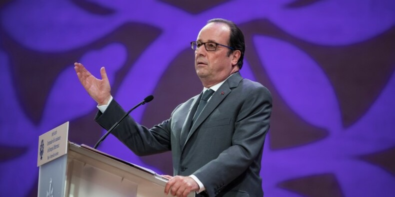 Hollande annonce un milliard pour la politique de la Ville