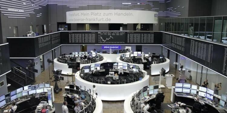 Les Bourses européennes toujours en net recul à la mi-séance