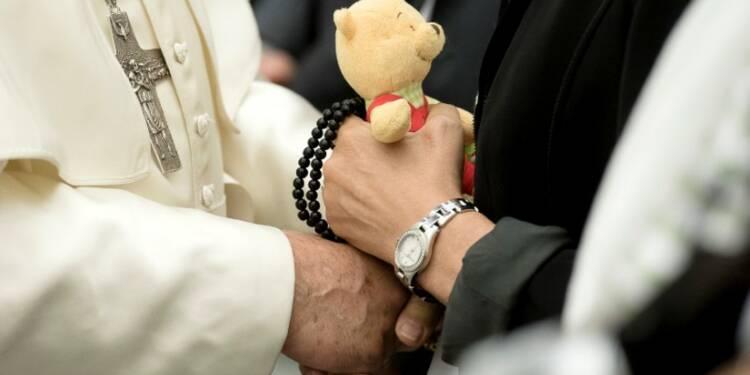 Le pape reçoit les familles des victimes de l'attentat de Nice
