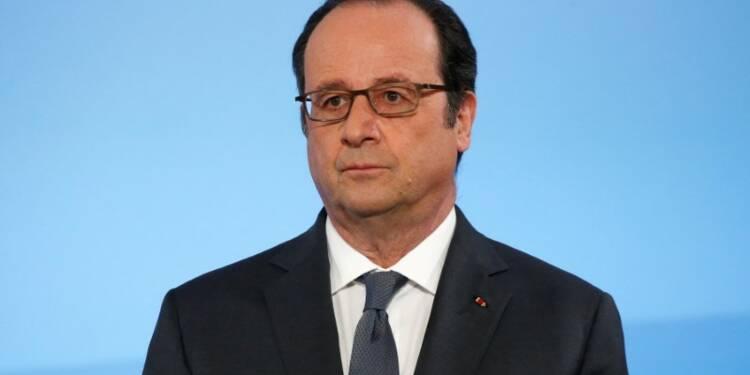 Hollande appelle au respect après de nouveaux incidents en banlieue