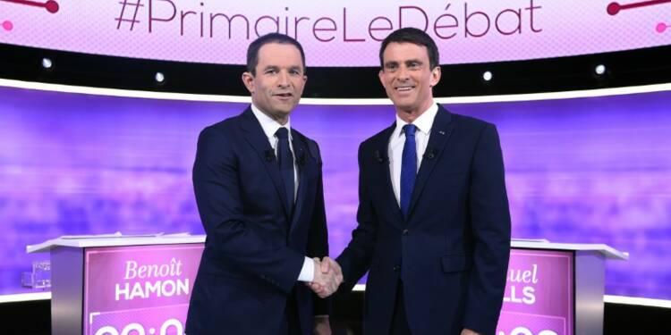 Hamon et Valls pour interdire l'emploi d'un parent au Parlement