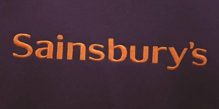 Sainsbury's enregistre une baisse des ventes au 4e trimestre, pressions sur les coûts
