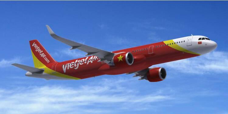 Moisson de commandes pour Airbus pendant la visite de Hollande au Vietnam