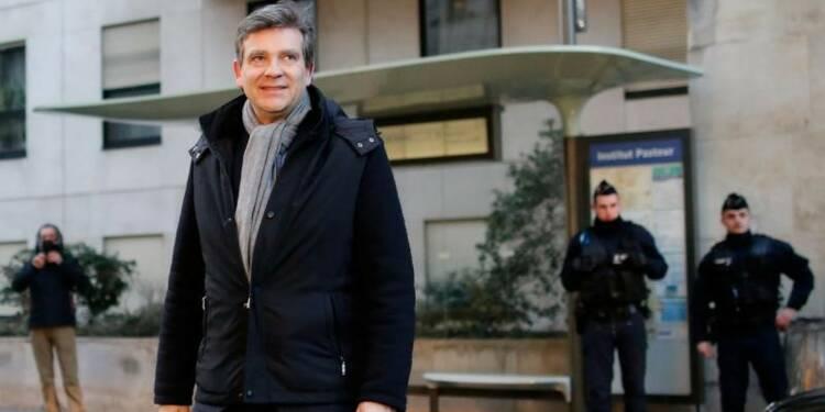 Montebourg appelle Mélenchon à retirer sa candidature