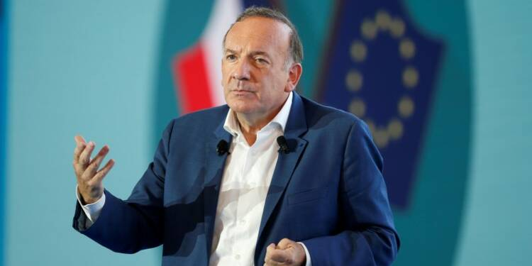 Le Medef veut placer l'économie au coeur du débat