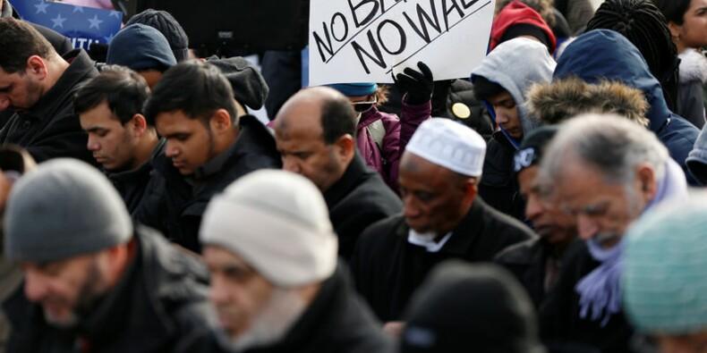 Le décret Trump contesté en justice pour discrimination religieuse