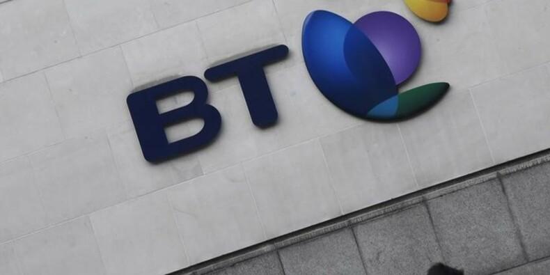 BT s'attend à souffrir d'un scandale comptable, l'action plonge