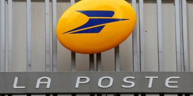 La Poste croit en 2017 malgré les taux et la baisse du courrier