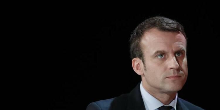 Emmanuel Macron tend la main à François Bayrou