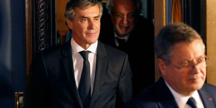 Le procès Cahuzac reprend à un moment critique pour Hollande