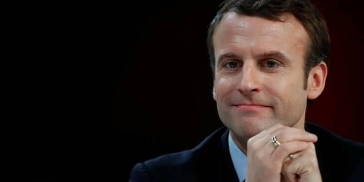 Macron dînera dimanche avec Jean-Louis Borloo