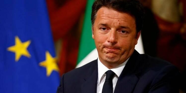 Référendum: le gouvernement italien ne démissionnera pas