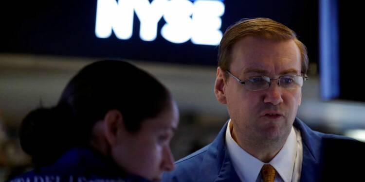 Wall Street ouvre en baisse après un rally de trois jours