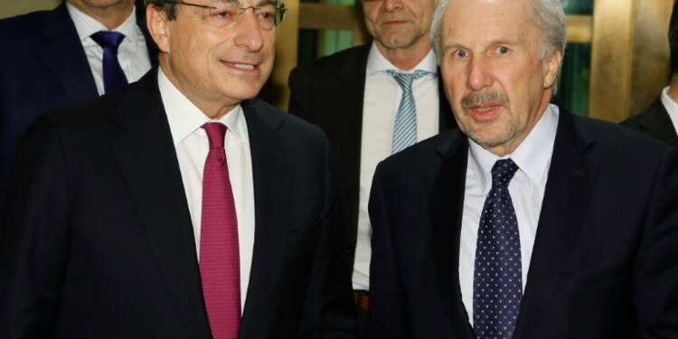 """Le monde est entré dans une phase """"de grande incertitude"""", la BCE prête à agir"""