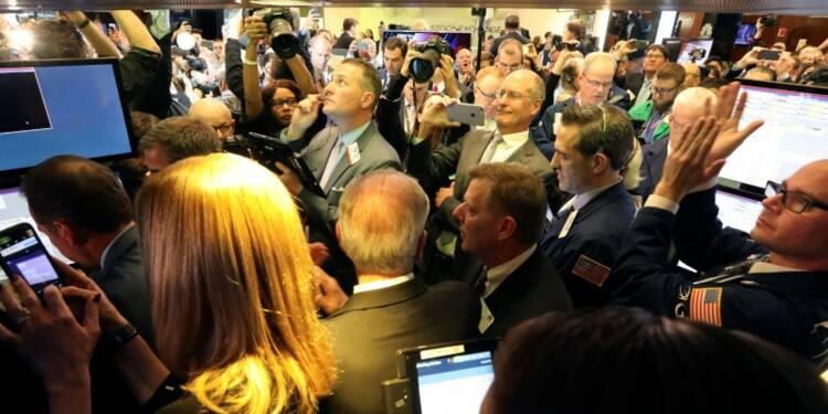 Wall Street hésite en début de séance dans l'attente de Yellen