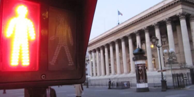 La Bourse de Paris ancrée dans le rouge, l'économie inquiète