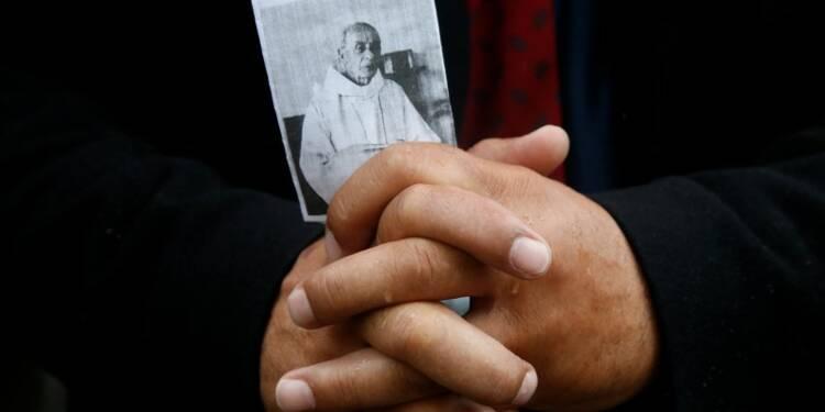 Le père Hamel, un martyr sur la voie de la sainteté, dit le pape