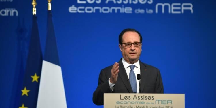 A la Rochelle, Hollande soutient les professionnels de la mer