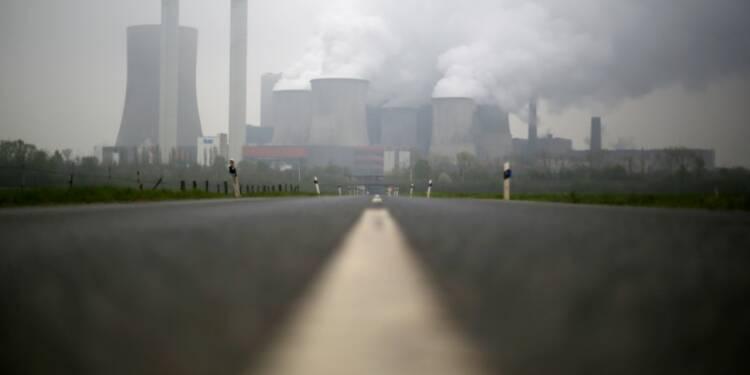 Allemagne: Chute des commandes à l'industrie en janvier