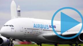 Un Airbus A380 fait son entrée au musée de l'Air et de l'Espace du Bourget