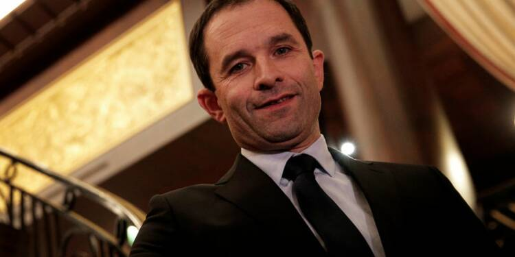 L'accord Bayrou-Macron ne change rien à ma campagne, dit Hamon