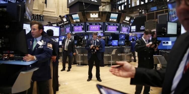 Le Dow Jones perd 0,48%, le Nasdaq cède 0,22%