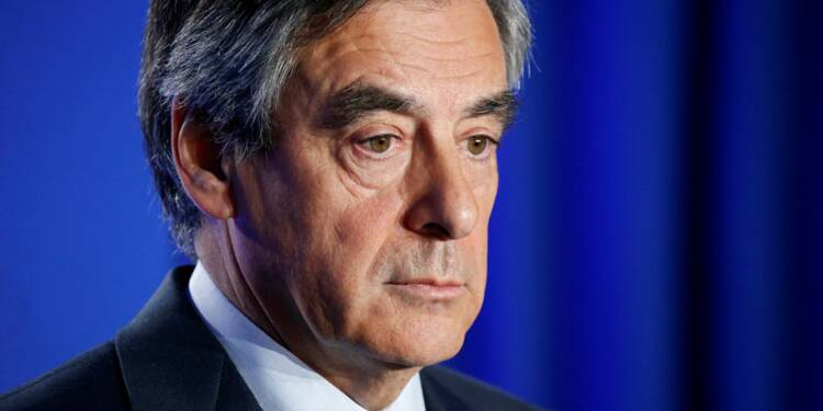 Seul un Français sur quatre souhaite le maintien de Fillon, d'après un sondage
