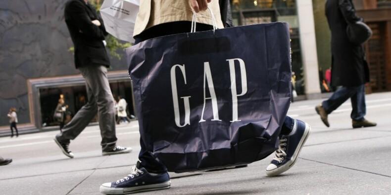 Gap ferme des magasins après un 7e trimestre de baisse des ventes