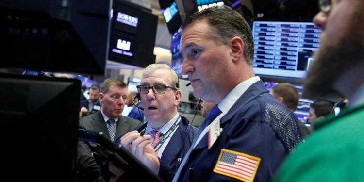 Wall Street finit stable, Yellen ne surprend pas