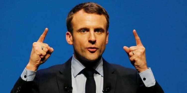 Macron emprunte huit millions d'euros à une banque française