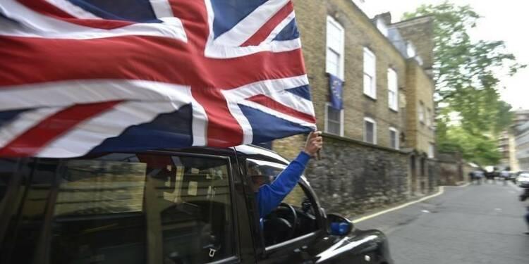 L'économie britannique devrait éviter de peu la récession