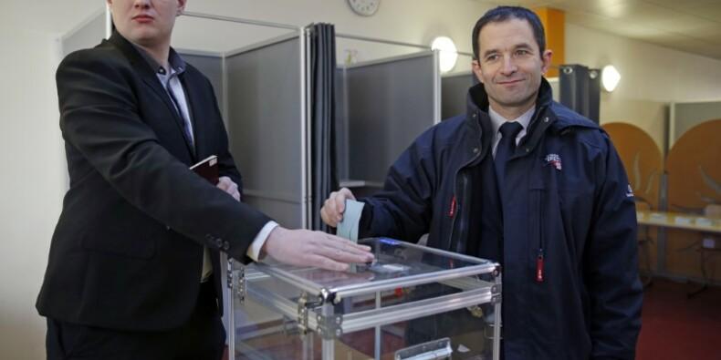 Plus d'un million de Français votent à la primaire de la gauche