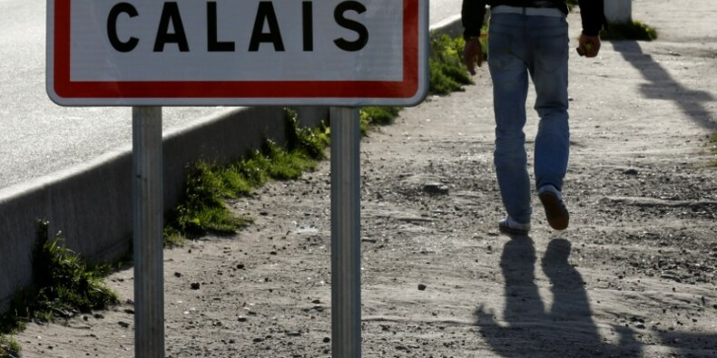 "Hollande annonce la fin de la ""jungle"" de Calais avant l'hiver"