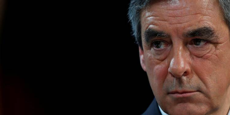Le déontologue de l'Assemblée nationale absout Fillon