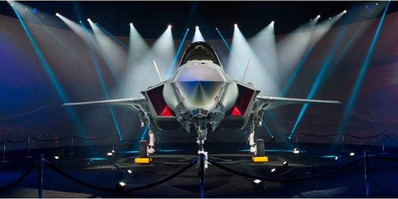 Après Air Force One, Trump dénonce le coût du F-35, l'avion le plus cher de l'histoire