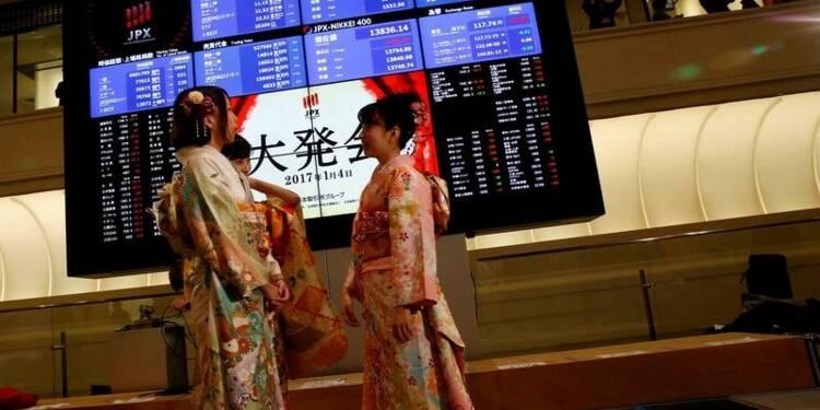 La Bourse de Tokyo finit quasiment inchangée