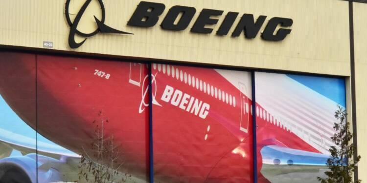 Boeing engrange une commande de 13,8 milliards de dollars de Singapore Airlines