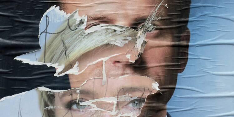 Le FN se plaint de bulletins de Marine Le Pen déchirés