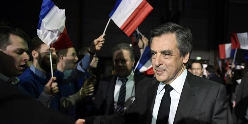 La candidature de François Fillon en suspens