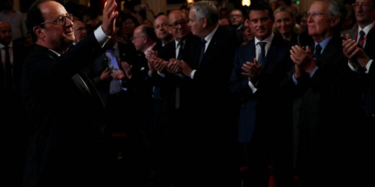 La droite ravale Hollande au rang de chef de parti